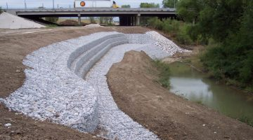 Civil Engineering - Gabion Slope Stability Protection Structure for Existing TRA Interceptor, Mountain Creek and I-30, Dallas, Texas